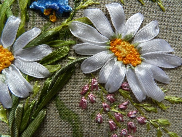 Серединка ромашки вышивка лентами мк 76