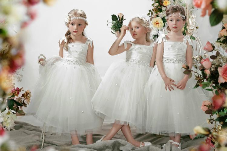 Фото платьев для девочек на свадьбе